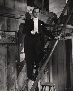 Robert Montgomery in Petticoat Fever Robert Montgomery, Classic Hollywood, Fictional Characters, Gentleman, Films, Actors, Movies, Gentleman Style, Cinema