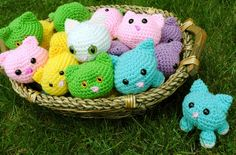 This basket full of kitties was a fun project-- for a 4th birthday party Mellie crocheted each of the children one of these adorable stuffed kitties to adopt and take home with them. The pattern is called Roly Poly Cats, and is an easy project for beginner crocheters. > www.blossomandglow.com