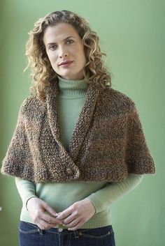 Knitting Patterns Outlander Free knitting pattern for Library Capelet - Lion Brand Yarn& design feature. Capelet Knitting Pattern, Knitted Capelet, Sweater Knitting Patterns, Knitting Designs, Knit Patterns, Free Knitting, Caplet Pattern, Loom Knitting, Crochet Designs