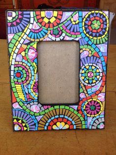 Paper mosaic photo frame Paper Mosaic, Photo Mosaic, Mosaic Mirrors, Mosaic Ideas, Creations, Frames, Boxes, Wallpapers, Crafty