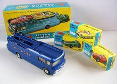 Retro Toys, Vintage Toys, Old School Toys, Corgi Toys, Speed Racer, Diecast Model Cars, Old Toys, Box Art, Interesting Stuff