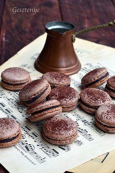 Gesztenye receptjei: Csokoládés macaron Pavlova, Macaron Recipe, Cookie Jars, Macarons, Food Photography, Recipies, Food And Drink, Favorite Recipes, Sweets