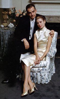 Grace & Family — Grace and Rainier's engagement 60 years later. Grace Kelly Wedding, Grace Kelly Style, Hollywood Glamour, Classic Hollywood, Old Hollywood, Princesa Grace Kelly, Wedding Ideias, Patricia Kelly, Princesa Carolina