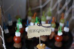 Mikaelin 4-v. merirosvosynttärit/vappujuhla Peter Pan Party, Birthday Parties, Christmas Ornaments, Holiday Decor, Home Decor, Anniversary Parties, Room Decor, Christmas Baubles, Home Interior Design