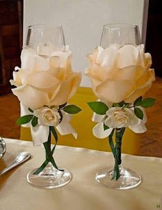 Wedding Glasses By Kittysspot On Etsy - Diy Crafts Wine Glass Crafts, Bottle Crafts, Bottle Art, Wedding Centerpieces, Wedding Decorations, Bling Centerpiece, Wine Glass Centerpieces, Centerpiece Ideas, Birthday Decorations