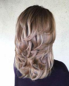 Kezdjük csinosan az újévet! 2018 fiatalító frizura divatja 40 év feletti hölgyeknek! - Ketkes.com
