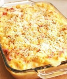 Spicy Baked Macaroni and Cheese with Ham Baked Macaroni Cheese, Good Food, Yummy Food, Hungarian Recipes, Breakfast Time, How To Cook Pasta, Pasta Dishes, Casserole Recipes, Food And Drink