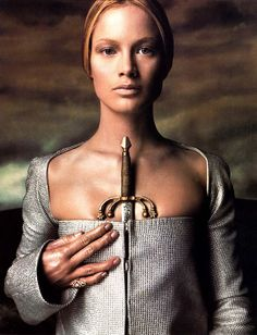 secrets of Avalon | Porcelainista Versace – ad campaign fall/winter 1998/1999 photographer: Steven Meisel