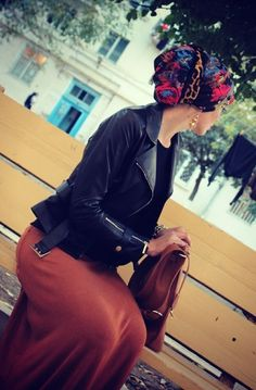 Loving the simplicity of this outfit plus the super cute turban! #hijab #hijabi #style #fashion