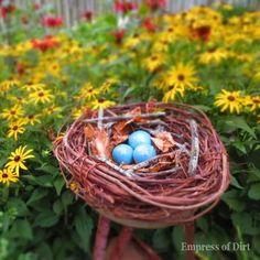 {DIY Garden Art Bird Nest!}