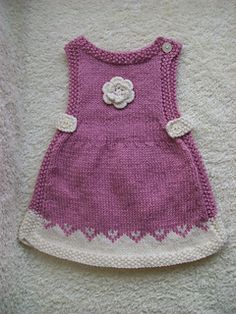 Ravelry: priscaknits' more Anouk Girls Knitted Dress, Knit Baby Dress, Crochet Girls, Crochet Baby, Knitted Flower Pattern, Baby Sweater Knitting Pattern, Baby Knitting Patterns, Tricot Baby, Woolen Clothes