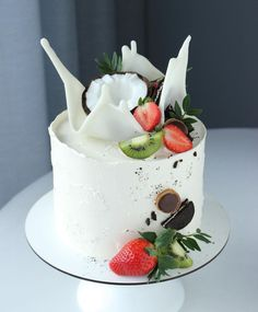 Cupcakes, Cupcake Cakes, Beautiful Cakes, Amazing Cakes, Pretty Birthday Cakes, Fondant, Biscuits, Just Cakes, Drip Cakes