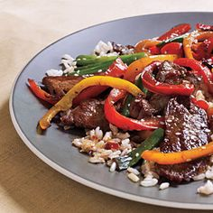 Spicy Beef and Bell Pepper Stir-Fry - Superfast Stir-Fries and Sautes - Cooking Light Stir Fry Recipes, Beef Recipes, Healthy Recipes, Healthy Meals, Paleo Meals, Quick Meals, Delicious Recipes, Yummy Food, Seitan