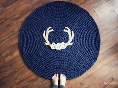 Antler and Floral Crochet Rug in Cream Houndstooth