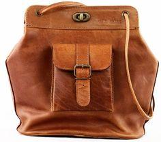 LE 1950 sac vintage en cuir inspiré des années 50 multi-p... https://www.amazon.fr/dp/B00IMFZQYA/ref=cm_sw_r_pi_dp_x_GIT0ybT7ZMGSR