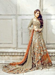 Pakistani Style Floral Work Lehenga @CremeDeModa