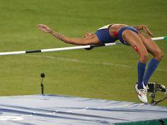 Armour: As planned USA's Gwen Jorgensen wins triathlon gold at Rio Olympics