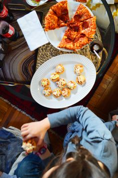 Pulled Pork Canapes and Digiorno® Stuffed Crust Pizza for a laid back game day celebration. #PreparetoParty #ad