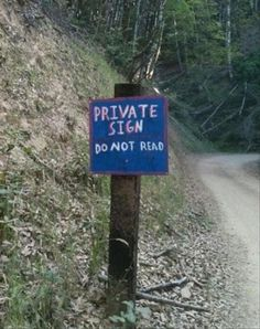25 Of The Funniest Pictures We Found On The Internet This Morning Funny Pictures With Captions, Funny Images, Odd Pictures, Silly Pics, Funniest Pictures, Funniest Memes, Funny Road Signs, Funny Street Signs, College Humor
