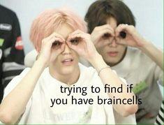 Hot like fire (Jaeyong) Bts Memes Hilarious, Stupid Memes, Haha Funny, Memes Supongamos, K Meme, Funny Reaction Pictures, Meme Pictures, Nct, Bts Meme Faces
