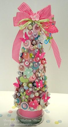 *CHRISTMAS TREE ~ buttons, pins and ribbon