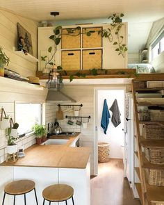 Tiny House Layout, Tiny House Design, House Layouts, Tiny House Living, Home Living Room, Living Room Stands, Tiny House Furniture, Warm Home Decor, Small Space Living