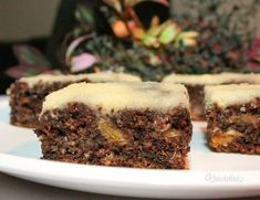 Kompótový koláč Food Inspiration, Sweets, Baking, Desserts, Recipes, Fruit Cakes, Cook, Apron, Basket