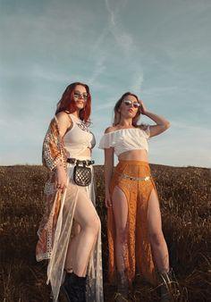 #coachella #2018 #festival #boho #boheme #bohemian #hippie #burningman #outfit #ootd #fashion #makeup #hairsytles #celebrities #redhair #red #burgundy #copper #chanel #beltbag #chanelbag #sheer #look #photography #fashionphotography #editorial #hippie #sheer #palmsprings #LA #frisuren #glitzer #ginger