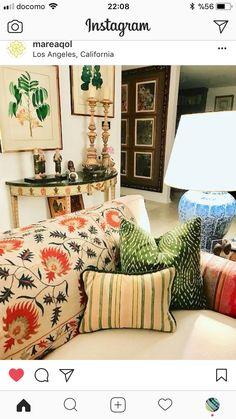 Modern green silk velvet ikat pillow with vintage silk suzani throw!  Love how the green in the pillow picks up the wall art!  Hand loomed, authentic Uzbek modern designs!  . . .  #pillow #handloomed #silkvelvetikat #silkvelvet #silk #pillows #throwpillow #homedecor #home #decor #interiors #dtla #dtlaliving #interiordesign #luxury #luxurysilk #luxurylifestyle #textiles #artisanal #limitededition #limitedrun #classicdecor #traditionalstyle #livingroom #bedroom #traditionalhouse #modern #green