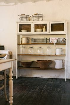 The perfect way to start a Monday, a beautiful delivery of antiques and vintage bits at Cotes Mill.