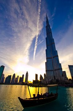 Dubai – littered with Booze, huge buildings and even bigger malls