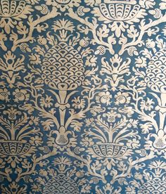 Imprime Du Soleil Collection, Twigs Wallpapers at the lowest pricing request a quote and we will get back to you shortly. Fern Wallpaper, Hallway Wallpaper, Fabric Wallpaper, Mulberry Home, Drapery Designs, Interiors Online, Wallpaper Online, Drapery Fabric, Designer Wallpaper