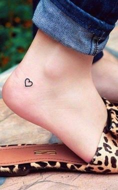 small-tattoos-designs-with-powerful-meaning