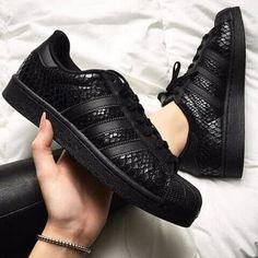 212 beste afbeeldingen van Adidas schoenen in 2020 Adidas