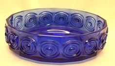 Riihimäen lasi, Tamara Aladin, Rengas kulho Glass Design, Design Art, Yves Klein Blue, Glass Collection, Aladdin, Cobalt Blue, Shades Of Blue, Modern Contemporary, Decorative Bowls