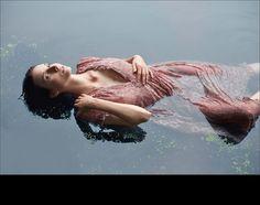 Melanie Rose in Painter Waterhouse, Shakespeare's Ophelia Fantasy