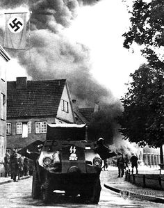 Gdańsk - German attack on the Polish Post Office defended by the office staff.