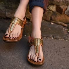 Thong Buckle Platform Flat Sandals