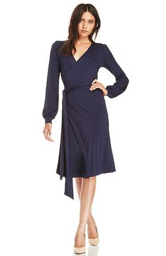 DAILYLOOK Cultivated Wrap Dress in Navy XS - L | DAILYLOOK