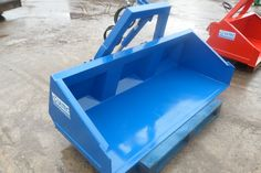 Tipping transport Boxes..www.MULTEC.co.uk