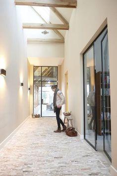 10 Creative Ideas for Dining Room Walls Exterior Design, Interior And Exterior, Casa Patio, Brick Flooring, Floors, Dining Room Walls, Interior Inspiration, Hallway Inspiration, My Dream Home