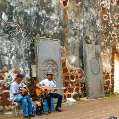Two #buskers at #portuguese #ruins in #malacca #malaysia  #travelasia #travel #travelphotography  #busking #holiday #culture #traveladdict #travelgram #instatravel #music #history