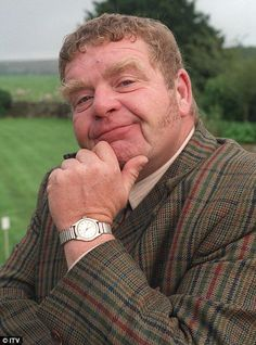 RIP Geoffrey Hughes Heartbeat, Vernon Scripps, Keeping Up Appearances, Onslow,  Coronation Street, Eddy Yeates