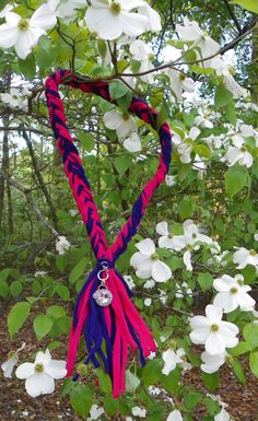 Check out this item in my Etsy shop https://www.etsy.com/listing/230523130/braided-scarf-necklace-in-hot-pink-and