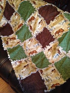 A horse theme rag quilt I made for my mom😊