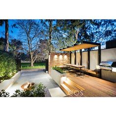 It is with great excitement we can now reveal our recently completed Hawthorn project. This project was all about creating functionality and form within the limitations of a small space.  Many thanks to our clients and the team at @signature_landscapes
