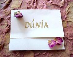 Tarjetas con OLOR a rosa para felicitaciones, cumpleaños y boda.