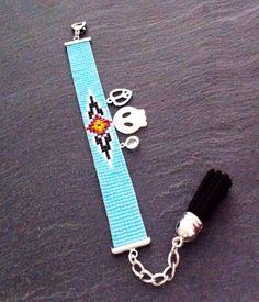 Bracelet Manchette Motif Aztèque turquoise, noir, rouge, orange et noir.  sur Etsy, 22,00€