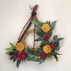 Deathly Hallows Wreath Pick your colors Gryffindor Baby Harry Potter, Objet Harry Potter, Deco Harry Potter, Harry Potter Nursery, Theme Harry Potter, Harry Potter Wedding, Harry Potter Wall Art, Harry Potter Crafts Diy, Harry Potter Adult Party