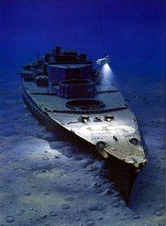 """""""Bismarck"""" en el fondo del mar. El más famoso acorazado de la historia hundido el 27 de mayo de 1941 #Historia"""